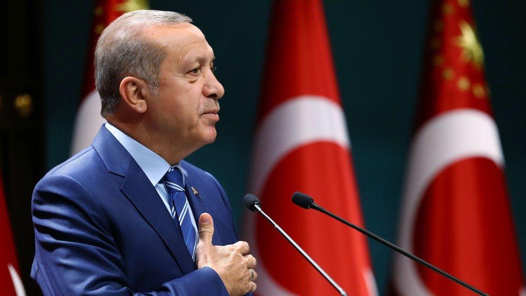 ANKARA, TURKEY AUGUST 18: Turkish President Recep Tayyip Erdogan delivers a speech during a meeting with the Union of NGOs of The Islamic World committee at Presidential Complex in Ankara, Turkey on August 18, 2016.  Presidency / Murat Cetinmuhurdar / Anadolu Agency