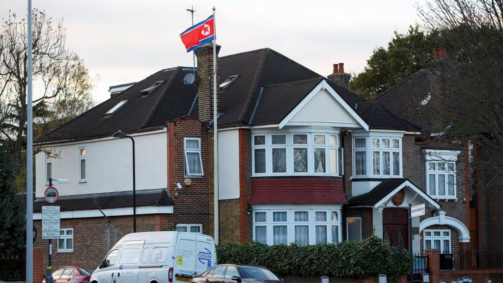 AA_06112014_North Korean embassy in London-art13