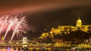 BUDAPEST, HUNGARY - AUGUST 20: Fireworks explode over Danube River during the Saint Stephen's Day celebrations in Budapest, Hungary, on August 20, 2016. (Photo by Arpad Kurucz/Anadolu Agency/Getty Images)