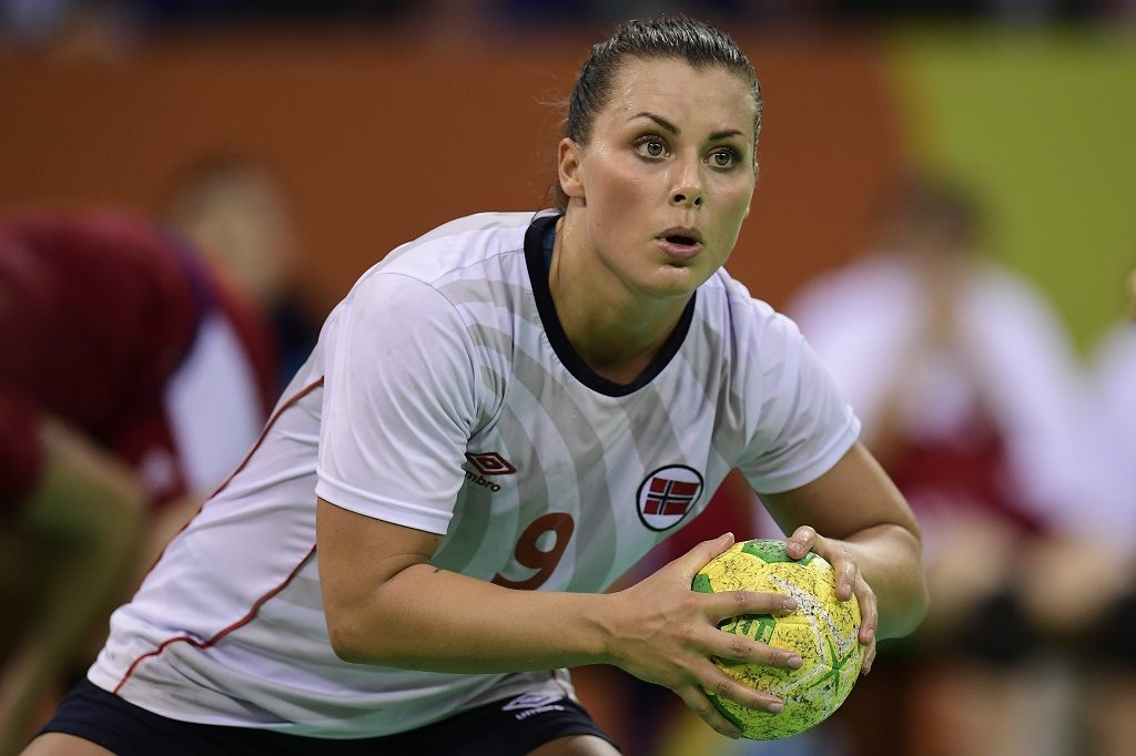 Norway's right back Nora Mork prepares to shoot during the women's semifinal handball match Norway vs Russia for the Rio 2016 Olympics Games at the Future Arena in Rio on August 18, 2016. / AFP PHOTO / JAVIER SORIANO