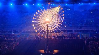 The Olympic Caldron is seen during the closing ceremony of the Rio 2016 Paralympic Games at the Maracana stadium in Rio de Janeiro on September 18, 2016.  / AFP PHOTO / Yasuyoshi Chiba