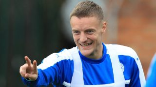 Leicester City's English striker Jamie Vardy attends a team raining session at the Leicester City's training ground in Leicester, central England, on September 26, 2016. Leicester City are set to play Porto in a UEFA Champions League group G stage football match on September 27, 2016.  / AFP PHOTO / Lindsey Parnaby