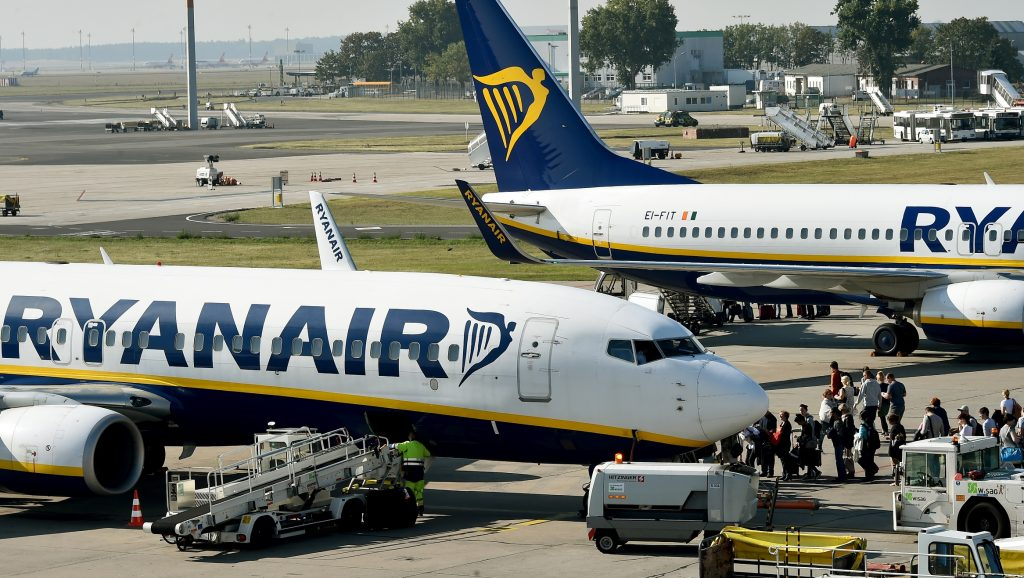 Ryanair planes at Berlin-Schoenefeld airport (SXF) in Schoenefeld, Germany, 27 September 2016. More than 7.3 million passengers started and landed in SXF, a growth of 40.1 percent. The new terminal D2 is said to be put into operation this year. PHOTO: BERND SETTNIK/dpa