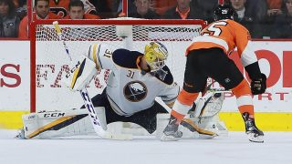 PHILADELPHIA, PA - OCTOBER 25: Anders Nilsson #31 of the Buffalo Sabres makes a save on a shot by Nick Cousins #25 of the Philadelphia Flyers during the shootout at Wells Fargo Center on October 25, 2016 in Philadelphia, Pennsylvania.   Michael Reaves/Getty Images/AFP