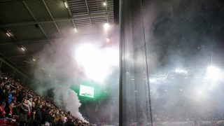 MAINZ, GERMANY - OCTOBER 20:  Supporters of Anderlecht light fireworks during the UEFA Europa League match between 1. FSV Mainz 05 and RSC Anderlecht at Opel Arena on October 20, 2016 in Mainz, Rhineland-Palatinate.  (Photo by Simon Hofmann/Bongarts/Getty Images)