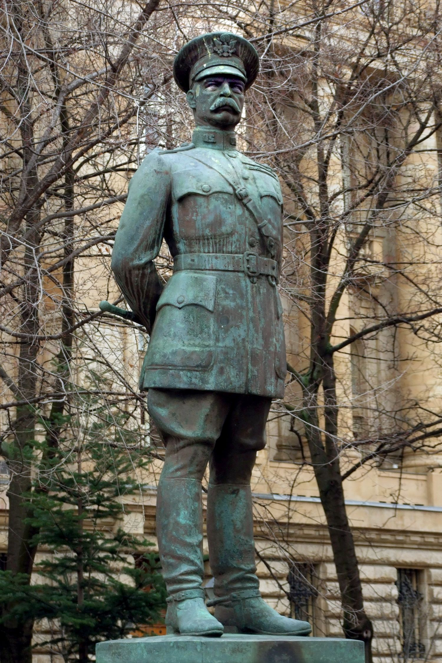 Ostorral védte meg a Magyar Nemzeti Múzeum kincseit | 24.hu