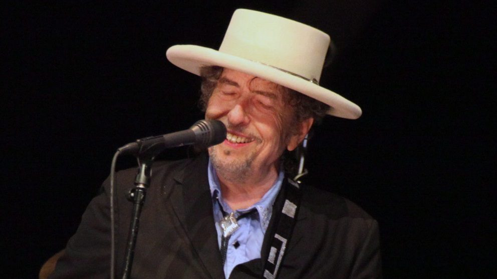 Tel-Aviv, 2011. június 21. Bob DYLAN amerikai énekes-dalköltõ tel-avivi koncertjén lép fel 2011. június 20-án. A sztár május 24-én töltötte be a 70. életévét. (MTI/EPA/Abir Szultan)
