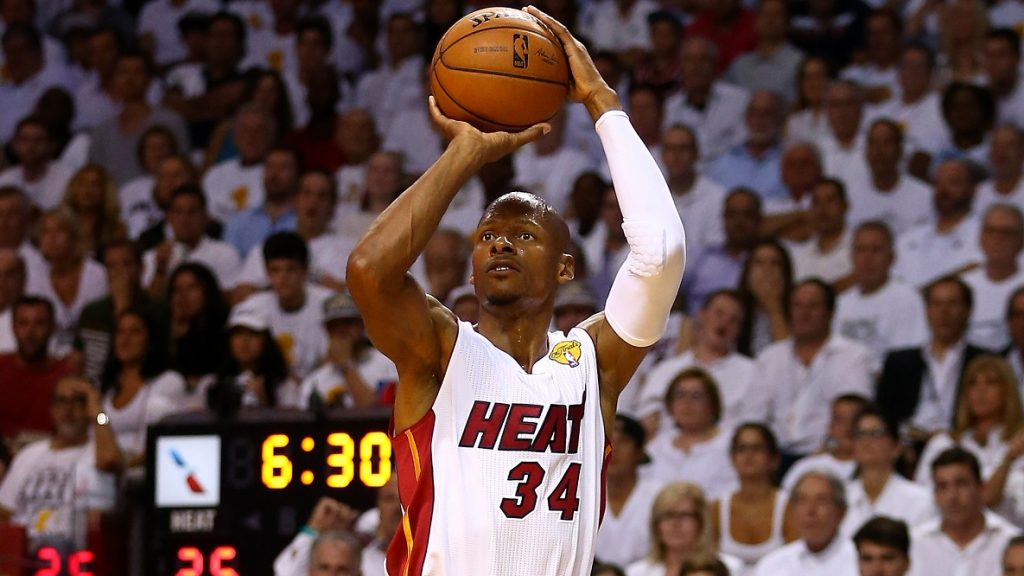 MIAMI, FL - JUNE 12: Ray Allen #34 of the Miami Heat takes a shot against the San Antonio Spurs during Game Four of the 2014 NBA Finals at American Airlines Arena on June 12, 2014 in Miami, Florida. NOTE TO USER: User expressly acknowledges and agrees that, by downloading and or using this photograph, User is consenting to the terms and conditions of the Getty Images License Agreement.   Andy Lyons/Getty Images/AFP