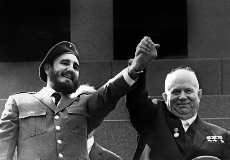(FILES) This file photo taken on may 1963 shows Cuban First Secretary of the Cuban Communist party and President of the State Council Fidel Castro(L) and Soviet leader Nikita Khrushchev during a four-week official visit to Moscow. Cuban revolutionary icon Fidel Castro died late on November 25, 2016 in Havana, his brother, President Raul Castro, announced on national television. / AFP PHOTO / TASS / -