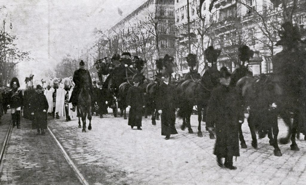 Franz Josef I of Austria s funeral procession . 30 November 1916 in Vienna, Austria. Emperor of Austria, King of Bohemia, King of Croatia, Apostolic King of Hungary, King of Galicia and Lodomeria and Grand Duke of Cracow, 18 August 1830 – 21 November 1916. (Photo by Culture Club/Getty Images)