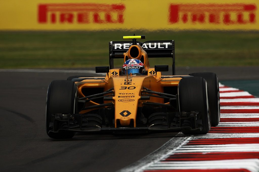 MEXICO CITY, MEXICO - OCTOBER 30: Jolyon Palmer of Renault Sport during the Mexico Grand Prix 2016 in the Racetrack Hermanos Rodriguez in Mexico City, Mexico on October 30, 2016.   Manuel Velasquez / Anadolu Agency
