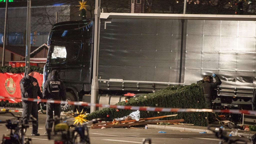 A truck was driving into a Christmas market in the German capital of Berlin, Germany, on december 20, 2016. Reports indicate several casualties including reports of dead. December 19, 2016. Investigations continue in Germany after a lorry drove into a Christmas market in the centre of Berlin on Monday evening, killing 12 people and injuring scores more. The lorry crashed through huts packed with locals and tourists and up to 80 metres through the market area. (Photo by Omer Messinger/NurPhoto)