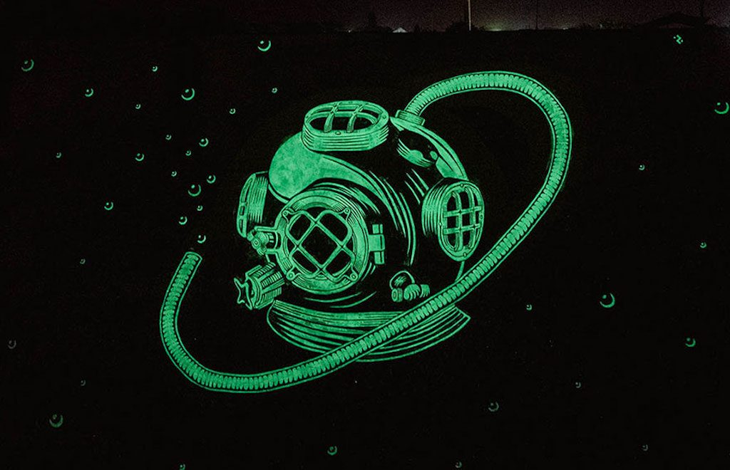 glow-in-the-dark-murals-reskate-studio-1