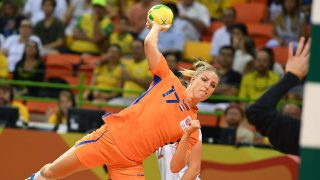 Netherlands' centre back Nycke Groot jumps to shoot during the women's Bronze Medal handball match Netherlands vs Norway for the Rio 2016 Olympics Games at the Future Arena in Rio on August 20, 2016. / AFP PHOTO / Roberto SCHMIDT