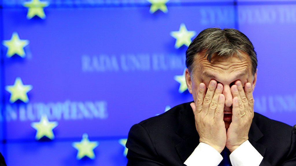 Brüsszel, 2011. április 14.ORBÁN Viktor, az Európai Unió soros elnökségét betöltő Magyarország miniszterelnöke a féléves magyar elnökség első feléről tart sajtóértekezletet Brüsszelben. Orbán Viktor előzőleg a Nyugat-Balkán európai integrációjáról rendezett tanácskozáson vett részt az Európai Parlamentben. (MTI/EPA/Olivier Hoslet)