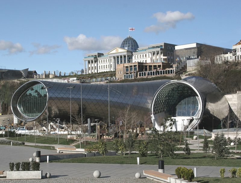 studio-fuksas-rhike-park-music-theater-exhibition-hall-tbilisi-georgia-designboom-04