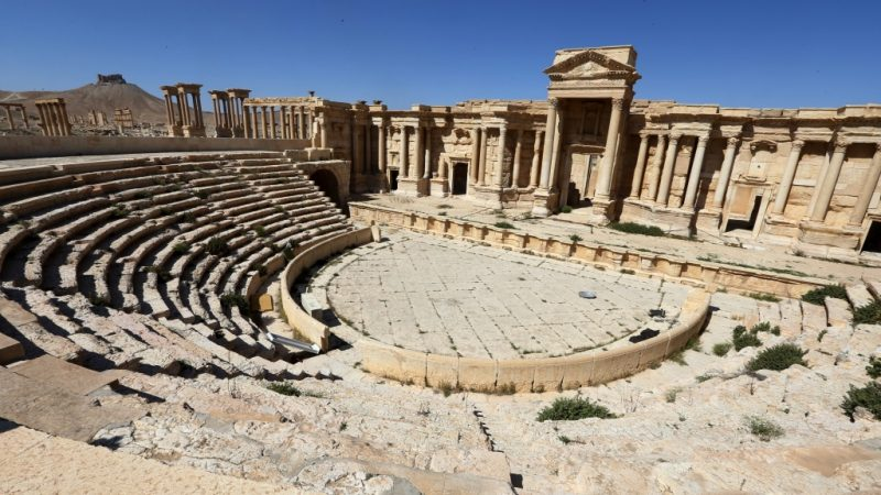 A picture taken on March 31, 2016 shows a partial view of the roman theatre in the ancient city of Plamyra central Syria.   Syrian troops backed by Russian forces recaptured Palmyra on March 27, 2016, after a fierce offensive to rescue the city from jihadists who view the UNESCO-listed site's magnificent ruins as idolatrous. / AFP PHOTO / JOSEPH EID