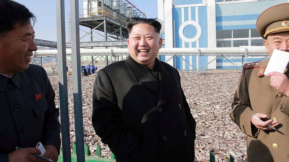 """This undated picture released by North Korea's official Korean Central News Agency (KCNA) on November 17, 2016 shows North Korean leader Kim Jong-Un (C) visiting a Korean People's Army fishery in an undisclosed location in North Korea. / AFP PHOTO / KCNA / KCNA /  - South Korea OUT / REPUBLIC OF KOREA OUT   ---EDITORS NOTE--- RESTRICTED TO EDITORIAL USE - MANDATORY CREDIT """"AFP PHOTO/KCNA VIA KNS"""" - NO MARKETING NO ADVERTISING CAMPAIGNS - DISTRIBUTED AS A SERVICE TO CLIENTS THIS PICTURE WAS MADE AVAILABLE BY A THIRD PARTY. AFP CAN NOT INDEPENDENTLY VERIFY THE AUTHENTICITY, LOCATION, DATE AND CONTENT OF THIS IMAGE. THIS PHOTO IS DISTRIBUTED EXACTLY AS RECEIVED BY AFP.  /"""