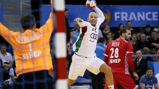 Hungary's right back Zsolt Balogh jumps to shoot during the 25th IHF Men's World Championship 2017 Group C handball match Hungary vs Croatia on January 14, 2017 at the Kindarena in Rouen. / AFP PHOTO / CHARLY TRIBALLEAU