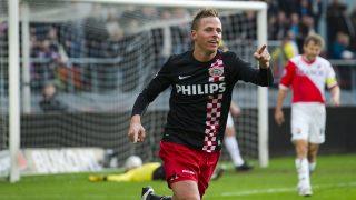 2010-11-07 UTRECHT - Balazs Dzsudzsak (L) from PSV celebrates his 0-1 against FC Utrecht. ANP ROBIN VAN LONKHUIJSEN