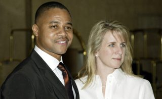 BEVERLY HILLS, CA - DECEMBER 7:  (US TABS OUT/HOLLYWOOD REPORTER OUT)  Actor Cuba Gooding Jr. and wife Sara Gooding arrive for the Hollywood Women's Press Club 62nd Annual Awards Luncheon on December 7, 2003 at the Beverly Hilton Hotel in Beverly Hills, California. (Photo by Doug Benc/Getty Images) *** Local Caption *** Cuba Gooding Jr;Sara Gooding