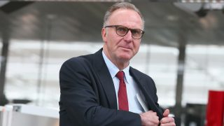 MUNICH, GERMANY - APRIL 26:  Karl Heinz Rummenigge, CEO of FC Bayern Muenchen arrives with the team of FC Bayern Muenchen at Munich International Airport Franz-Josef-Strauss to depart for the UEFA Champions League Semi Final First Leg between Club Atletico de Madrid and FC Bayern Muenchen on April 26, 2016 in Munich, Germany.  (Photo by Alexander Hassenstein/Bongarts/Getty Images)