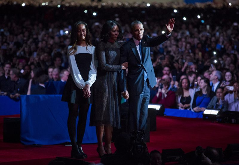 CHICAGO, IL - JANUARY 10: U.S. President Barack Obama, first lady Michelle Obama and daughter Malia Obama wave goodbye to supporters after Obama's farewell address at McCormick Place on January 10, 2017 in Chicago, Illinois. Obama addressed the nation in what is expected to be his last trip outside Washington as president. President-elect Donald Trump will be sworn in as the 45th president on January 20. (Photo by Darren Hauck/Getty Images)