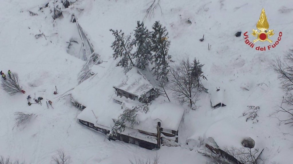 ABRUZZO, ITALY - JANUARY 19 :  A handout picture provided by the Italian Fire Department shows an aerial view of hotel Rigopiano after it was hit by an avalanche in Farindola (Pescara), Abruzzo region, early 19 January 2017. (Photo by ITALIAN FIRE DEPARTMENT / HANDOUT/Anadolu Agency/Getty Images)