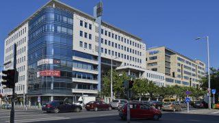 Budapest, 2016. szeptember 10. A Business Center 140 irodaépület a XIII. kerület Váci út 140-ben.  MTVA/Bizományosi: Róka László  *************************** Kedves Felhasználó! Ez a fotó nem a Duna Médiaszolgáltató Zrt./MTI által készített és kiadott fényképfelvétel, így harmadik személy által támasztott bárminemû – különösen szerzõi jogi, szomszédos jogi és személyiségi jogi – igényért a fotó készítõje közvetlenül maga áll helyt, az MTVA felelõssége e körben kizárt.