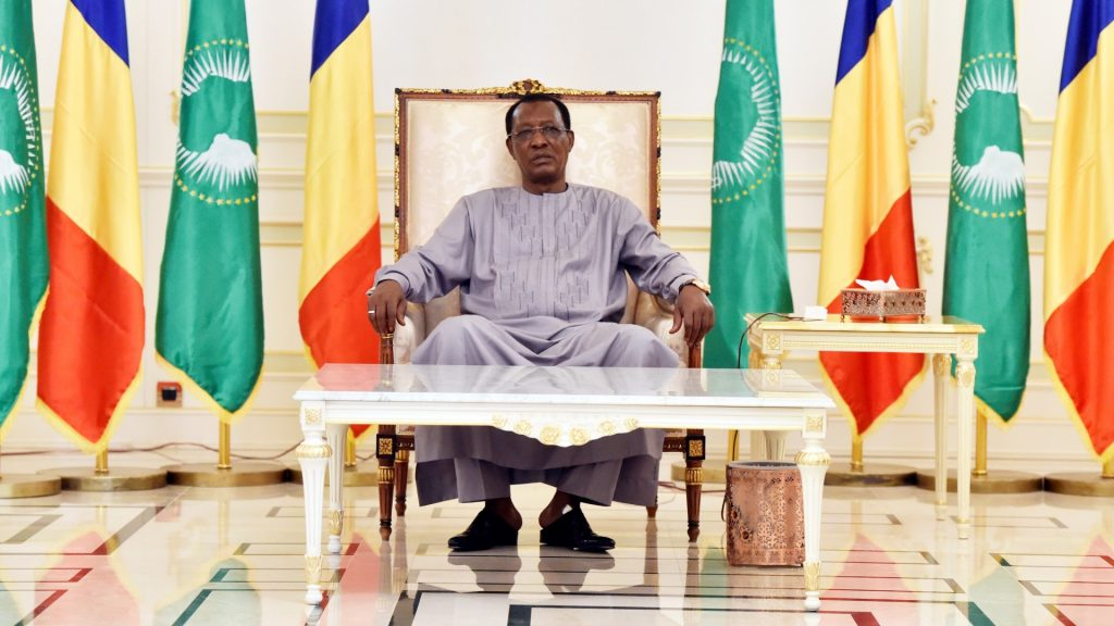Chadian president Idriss Deby Itno is pictured at the presidential palace, on December 29, 2016, in N'Djamena. / AFP PHOTO / POOL / ALAIN JOCARD