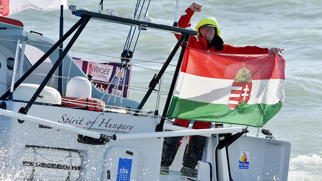 Hungarian skipper Nandor Fa celebrates as he arrives on sight of Les Sables-d'Olonne, western France, on February 8, 2017, to place 8th in the Vendee Globe solo around-the-world sailing race.    / AFP PHOTO / LOIC VENANCE