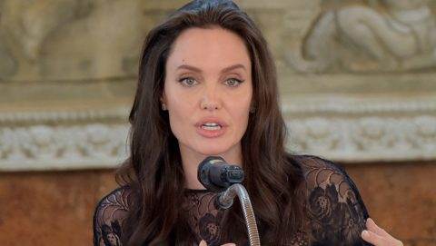 Hollywood star Angelina Jolie speaks to media during a press conference at a hotel in Siem Reap on February 18, 2017. Angelina Jolie will unveil her new film on the horrors of the Khmer Rouge era on February 18 at the ancient Angkor Wat temple complex in Cambodia, a country the star shares a deep affinity with through her adopted son Maddox. / AFP PHOTO / TANG CHHIN SOTHY