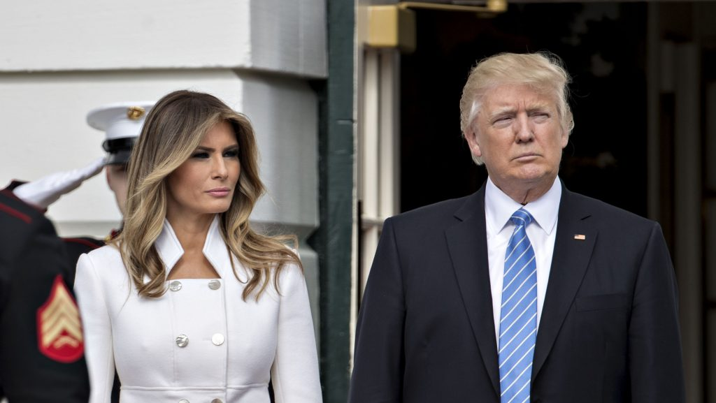 WASHINGTON, D.C. - FEBRUARY 15:  (AFP-OUT) U.S. President Donald Trump and first lady Melania Trump wait to greet Israeli Prime Minister Benjamin Netanyahu and his wife Sara Netanyahu at the South Portico of the White House on February 15, 2017 in Washington, D.C. Netanyahu is trying to recalibrate ties with the new U.S. administration after eight years of high-profile clashes with former President Barack Obama, in part over Israel's policies toward the Palestinians. (Photo by Andrew Harrer-Pool/Getty Images)