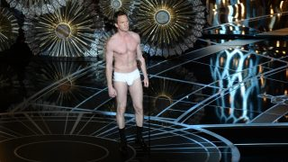 Host Neil Patrick Harris is seen on stage at the 87th Oscars February 22, 2015 in Hollywood, California. AFP PHOTO / Robyn BECK / AFP PHOTO / ROBYN BECK