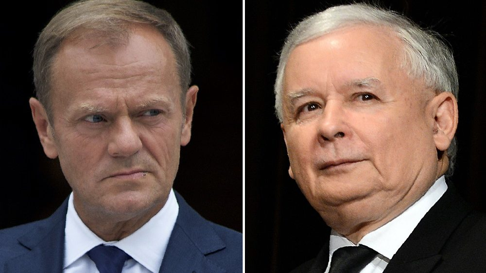 """(COMBO) This combination of file pictures created on March 8, 2017 shows European Council President Donald Tusk (L, September 7, 2016 in Dublin) and the leader of Poland's governing populist PiS Law and Justice party (October 17, 2015 in Warsaw). Jaroslaw Kaczynski on March 7, 2017 called EU President Donald Tusk, a fellow Pole vying for a second term, """"Germany's candidate"""" whose re-election would sow crisis. Known for anti-German rhetoric, Jaroslaw Kaczynski also said that """"Germany is too weak a state to play the role of EU leader.""""  / AFP PHOTO / Janek SKARZYNSKI AND Paulo NUNES DOS SANTOS"""