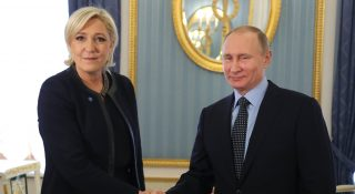 Russian President Vladimir Putin meets with French presidential election candidate for the far-right Front National (FN) party Marine Le Pen at the Kremlin in Moscow on March 24, 2017. / AFP PHOTO / SPUTNIK / Mikhail KLIMENTYEV