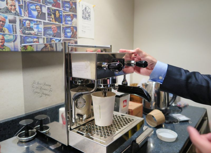 Ajournalist prepares an espresso with an espresso machine donated by actor Tom Hanks at the correspondents room of the White House in WAshington, US, 2 March 2017. According to long-time reporters at the White House, it is the third coffee machine donated by Hanks. Photo: Anne Walters/dpa