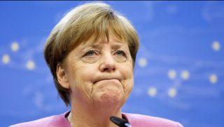 Brüsszel, 2017. március 9. Angela Merkel német kancellár az Európai Unió brüsszeli csúcstalálkozójának elsõ napján tartott sajtóértekezleten 2017. március 9-én. (MTI/EPA/Julien Warnand)