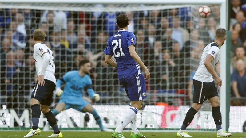 Chelsea's Serbian midfielder Nemanja Matic (C) scores Chelsea's fourth goal during the FA Cup semi-final football match between Tottenham Hotspur and Chelsea at Wembley stadium in London on April 22, 2017. / AFP PHOTO / Adrian DENNIS / NOT FOR MARKETING OR ADVERTISING USE / RESTRICTED TO EDITORIAL USE