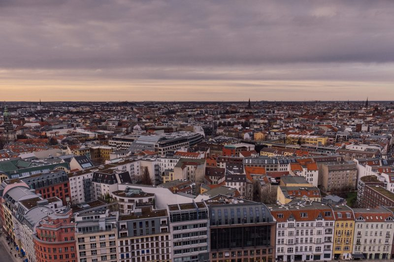 Densely built district of Berlin-Mitte on March 22, 2017, Germany. Photo: picture alliance / Robert Schlesinger   usage worldwide