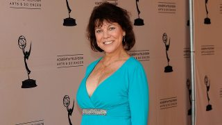 """NORTH HOLLYWOOD, CA - JUNE 18: Actress Erin Moran arrives at the Academy Of Television Arts & Sciences' """"Father's Day Salute To TV Dads"""" on June 18, 2009 in North Hollywood, California.   Frazer Harrison/Getty Images/AFP"""