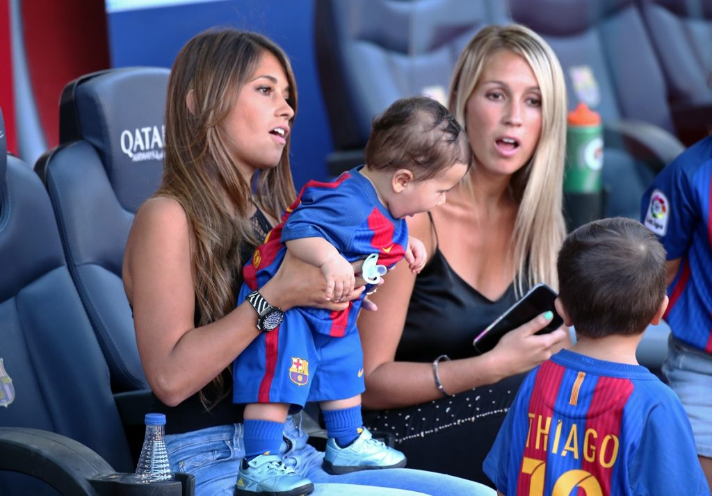 Sofia Balbi, the wife of Luis Suarez, and Antonella Roccuzzo,the wife of Leo Messi, with his children, Thiago and Mateo, during La Liga match between F.C. Barcelona v Betis, in Barcelona, on August 20, 2016.  (Photo by Urbanandsport/NurPhoto)