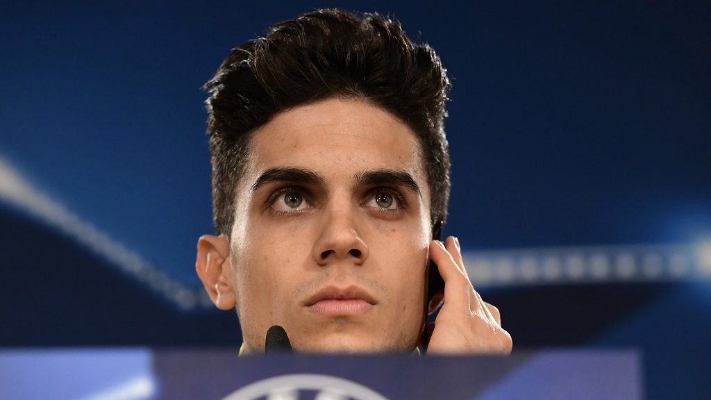 (FILES) This file photo taken on December 6, 2016 shows Dortmund's Spanish defender Marc Bartra looking on during a press conference at the Santiago Berbabeu stadium in Madrid on December 6, 2016, on the eve of the UEFA Champions league football match Real Madrid CF vs Borussia Dortmund. Dortmund player Marc Bartra injured in Borussia Dortmund's team bus explosion on April 11, 2017 prior to the Champions League game against Monaco. / AFP PHOTO / JAVIER SORIANO