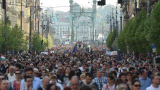 Most a CEU, de ki a következő? - Tüntetés Budapesten