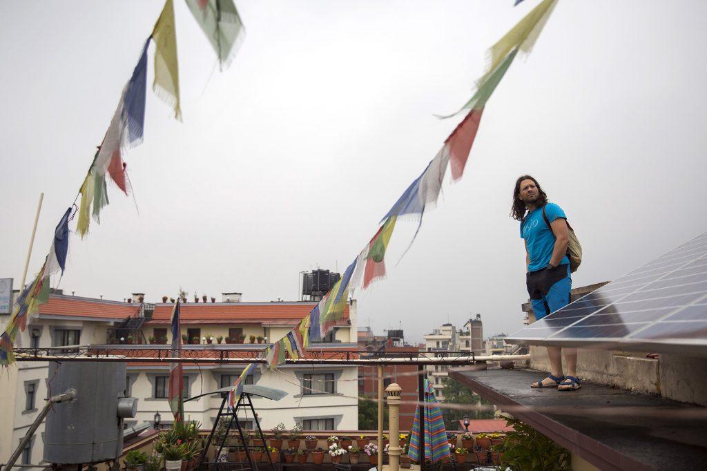 Katmandu, 2017. április 4.Klein Dávid hegymászó, a Magyar Everest Expedíció 2017 tagja Nepál fővárosában, Katmanduban 2017. március 29-én. Az expedíció célja a Föld legmagasabb csúcsa, a 8848 méter magas Mount Everest (Csomolungma) elérése oxigénpalack nélkül, elsőként a magyar expedíciós hegymászás történetében.MTI Fotó: Mohai Balázs