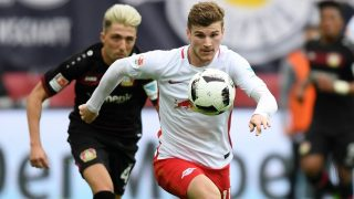 Leipzig's Timo Werner (r) and Leverkusen's Kevin Kampl in action during the German Bundesliga soccer match between RB Leipzig and Bayer 04 Leverkusen at the Red Bull Arena inLeipzig, Germany, 8April 2017.  (EMBARGO CONDITIONS - ATTENTION: Due to the accreditation guidlines, the DFL only permits the publication and utilisation of up to 15 pictures per match on the internet and in online media during the match.) Photo: Hendrik Schmidt/dpa-Zentralbild/dpa