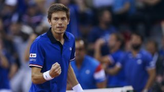 France's Nicolas Mahut reacts during the Davis Cup world group quarter-final tennis match between France and Britain on April 8, 2017 at the Kindarena in Rouen.  / AFP PHOTO / CHARLY TRIBALLEAU