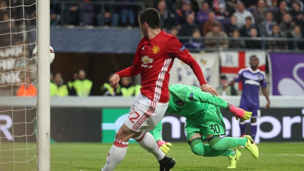 Manchester's Henrikh Mkhitaryan scores the 0-1 goal during a soccer game between Belgian team RSC Anderlecht and English club Manchester United F.C. in Brussels, Thursday 13 April 2017, the first leg of the quarter finals of the Europa League competition. BELGA PHOTO VIRGINIE LEFOUR
