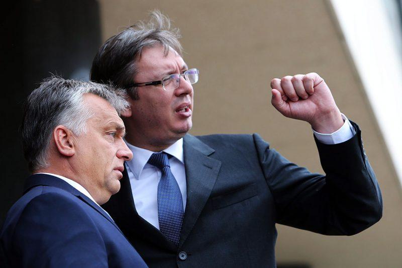 Belgrád, 2016. szeptember 5.Orbán Viktor miniszterelnököt fogadja Aleksandar Vucic szerb kormányfő Belgrádban 2016. szeptember 5-én. (MTI/EPA/Koca Sulejmanovic)