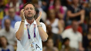 Sweden's coach Per Johansson reacts during the women's preliminary Group B handball match Spain vs Sweden for the London 2012 Olympics Games on August 3, 2012 at the Copper Box hall in London. Spain won 25-24.         AFP PHOTO/ JAVIER SORIANO / AFP PHOTO / JAVIER SORIANO